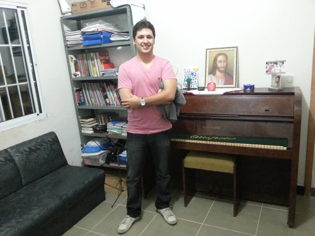Festividade em pedro leopoldo feira esp rita 2012 for Piano casa palestra